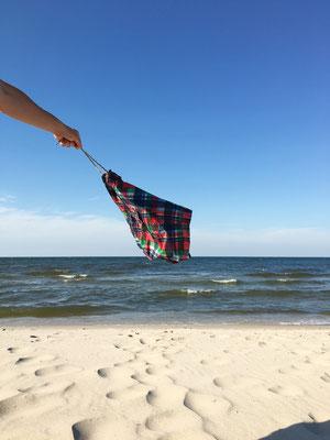 dieartige // SOMMERPAUSE.. mit HEIMATURLAUB // Sand, Meer, Badehose.. auf Usedom