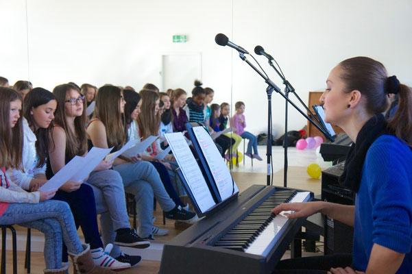 Steffi unsere Gesangslehrerin