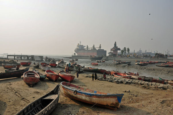 werf nabij de Ship Breaking Yards