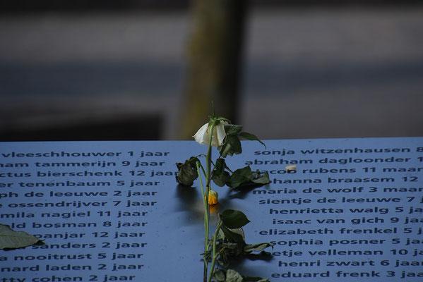 Herdenkingsmonument voor getransporteerde joodse kinderen tijdens WO II