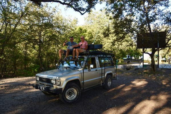 Onze safari-jeep voor bezoek aan Baluran National Parc