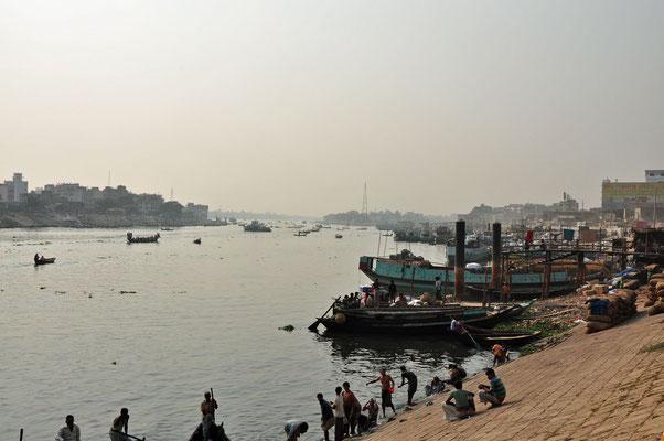 Sadarghat, de haven nabij Dhaka