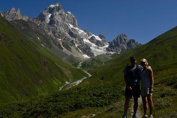 Guli-glacier (2974 m)