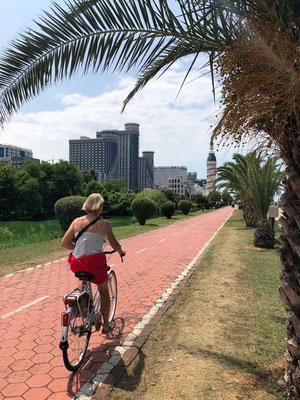 Leuk om doen - fietstocht langs de 6km lange boulevard langs de kust