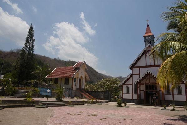 De oudste kerk op Flores. Deze kerk dateert uit de portugese periode.