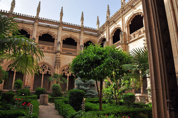 binnenkoer van 'Monasterio de San Juan de los Reyes'