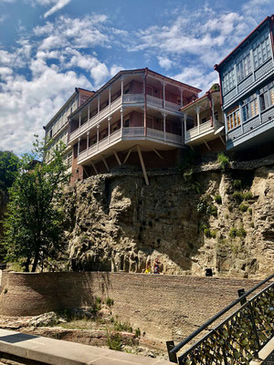 Ons hotel aan de canyon in Tbilisi