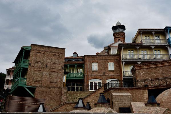 Het oude stadsgedeelte met de typische balkonhuizen
