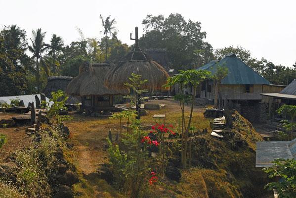 Maghilewa: dorp waar men nog leeft in de traditionele huizen