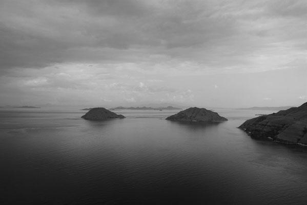 Zicht op eilanden rond Gili Laba