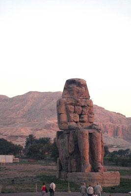 De kolossen van Memnon