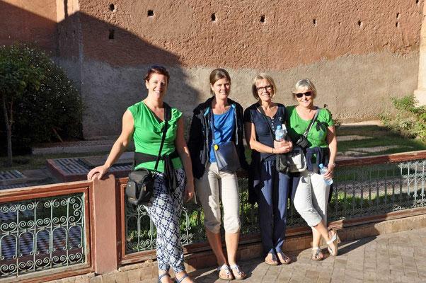 De 4 juffen: Sandra, Isabelle, Katy en Annick