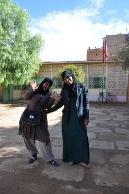 De onderwijzeressen 'Turija & Fatima'