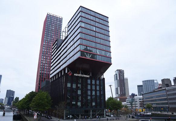 Veel hoogbouw maar leuke architectuur