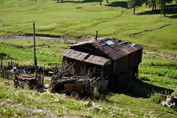 Sommige huizen zijn niet meer als golfplaten en houten palen