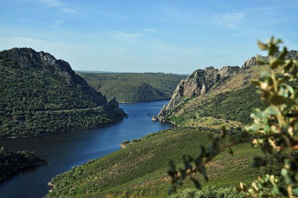Zicht op Salto del Gitano vanop Cerro Gimio