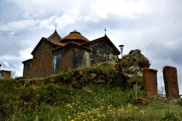 Hayravank Monastery aan de boorden van het Sean-meer