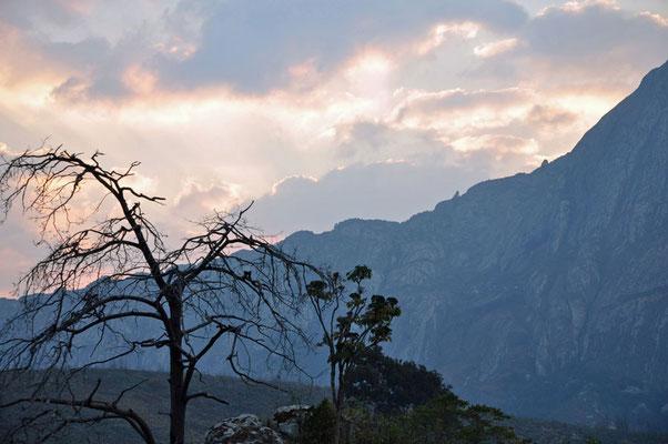 Berglandschap aan de Chambe hut in Mulanje