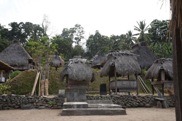 Jere: dorp waar men nog leeft in de traditionele huizen