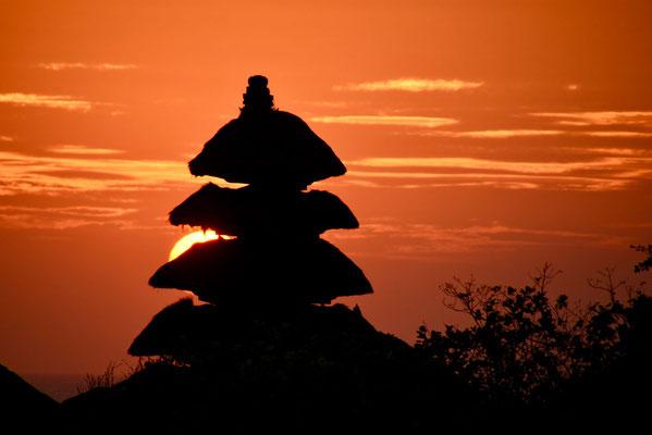 Pura Tanah Lot met de prachtige zonsondergang aan de zuidkust van Bali