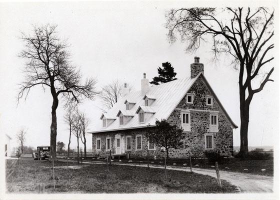 Vieux presbytère de Batiscan après sa restauration (après 1926).