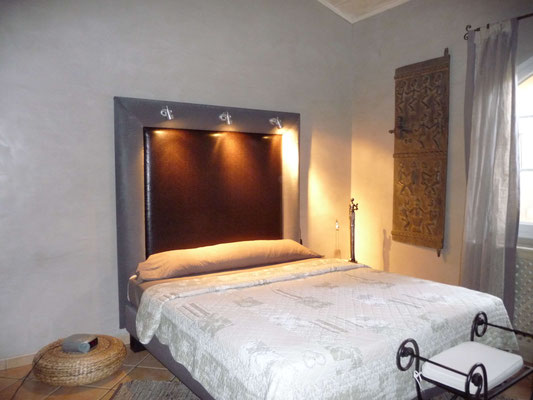 Création d'une tête de lit en Simili avec éclairage intégré