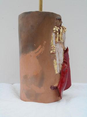 lampe toréro         terre enfumée et ceramique et feuille d'or