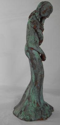 Festival de Cannes terre cuite  patine bronze   35x15x14 cms                                                                             600€