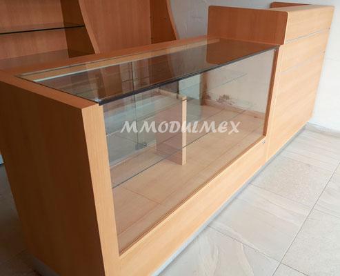 mostradores de madera, vitrinas para farmacia, vitrinas para papeleria, muebles para farmacia, muebles para papeleria