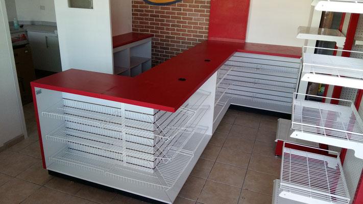 Muebles de tiendas tipo oxxo, mostradores para farmacia, estantes para tiendas, vitrinas para papelería; muebles para cafetería