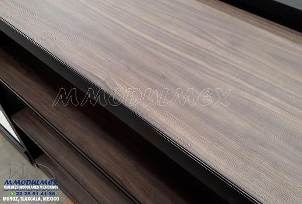 Góndolas metálicas con entrepaños de madera, triplay, melamina, obs, góndolas metálicas combinadas, góndolas especiales