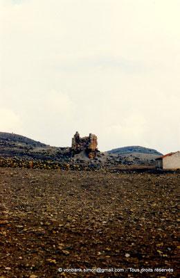 [002-1983-15] Ksar Tifech (Tipasa de Numidie) : Une des dix tours du rempart de la citadelle