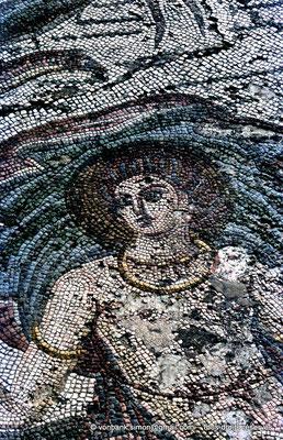 [072-1978-07] Annaba (Hippo Regius) : Partie centrale de la mosaïque du triomphe d'Amphitrite