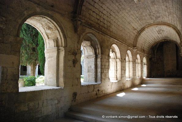 [NU003-2017-068] 13 - La Roque d'Anthéron - Abbaye de Silvacane : Cloître
