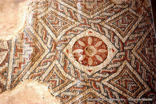 [NU900-2012-012] Kourion (Curium) : Maison d'Eustolios - Détail d'une mosaïque au sol
