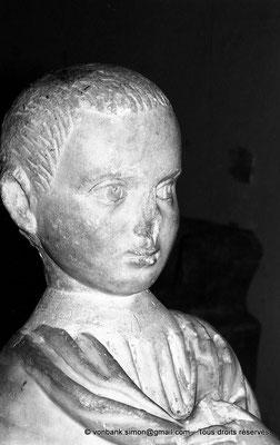[NB048-1978-18] Guelma (Calama) : Musée - Tête d'enfant (Saint Augustin ?)