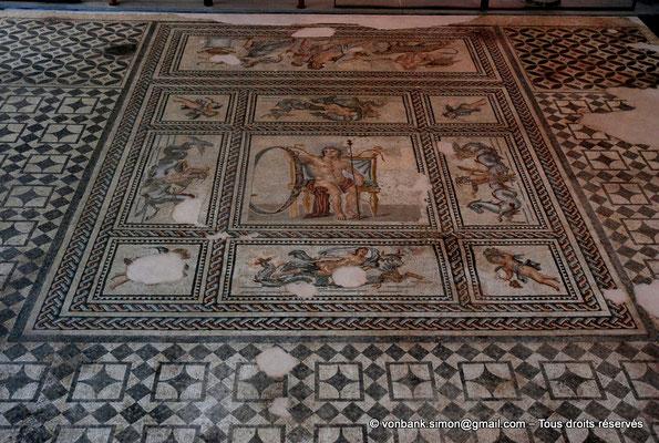 [NU001k-2018-0048] Arles (Arelate) : Mosaïque de l'Annus-Aiôn, découverte en 1983 et 1992 à Trinquetaille (Arles), fin du II° siècle