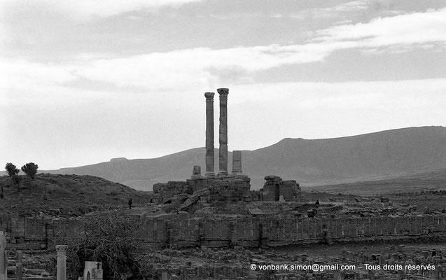 [NB034-1978-25] Timgad (Thamugadi) : Le Capitole