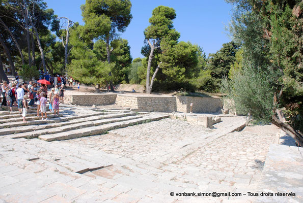 [NU905-2011-192] Cnossos (Crète) : Zone du théâtre