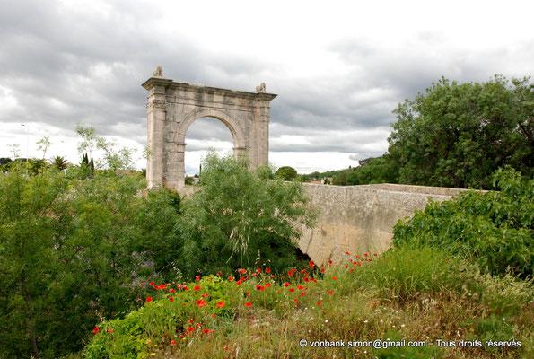 [NU001h-2018-0008] Saint-Chamas - Pont Flavien