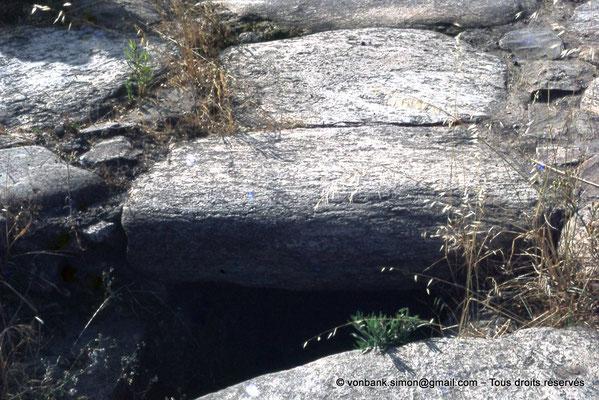 [072-1978-24] Annaba (Hippo Regius) : Rue - Sous les dalles centrales, le tout-à-l'égout