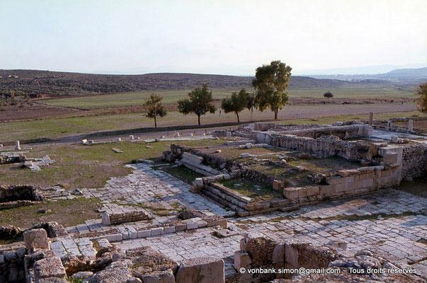 [079-1979-15] Bulla Regia : Esplande A - Aspect de l'état actuel du temple A