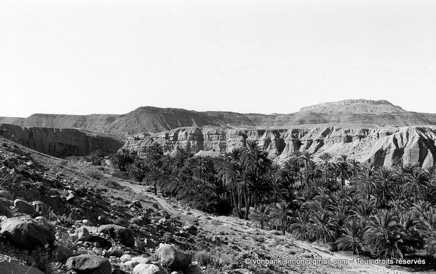 [NB051-1978-12] Rhoufi et ses environs