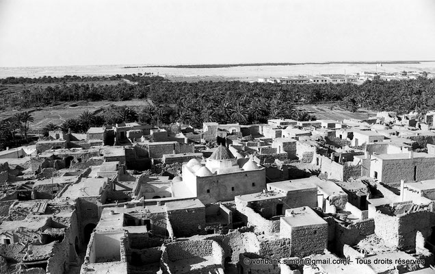 [NB060-1978-23] Temacine-Tamelhat - Village vu depuis le minaret de la mosquée de Si El Hadj Temacine