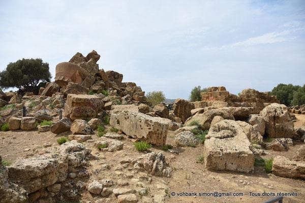 [NU906-2019-1588] Agrigente - Temple de Zeus Olympien : Ruines situées au Sud-Est du temple