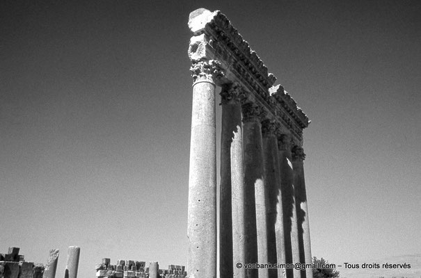 [086-1973-02] Baalbek - Temple de Jupiter
