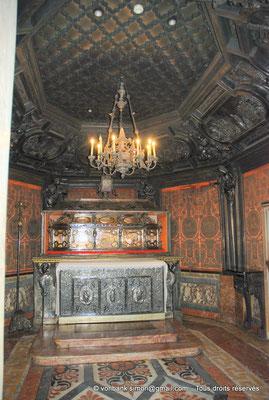 [NU908-2015-0762] Milan - Duomo : Le Scurolo, chapelle à section polygonale (1606, Francesco Maria Ricchin)