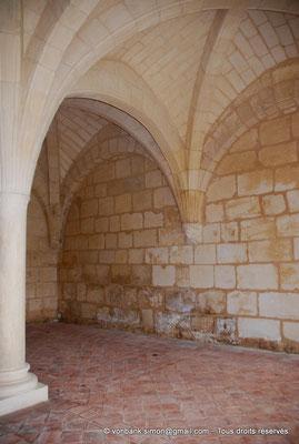 [NU904-2015-0008] 17 - Trizay - Prieuré Saint-Jean l'Évangéliste : Salle capitualire (XIII°)