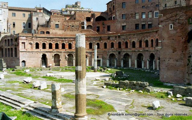 [C011-2001-19] Rome - Forum de Trajan : Marché de Trajan