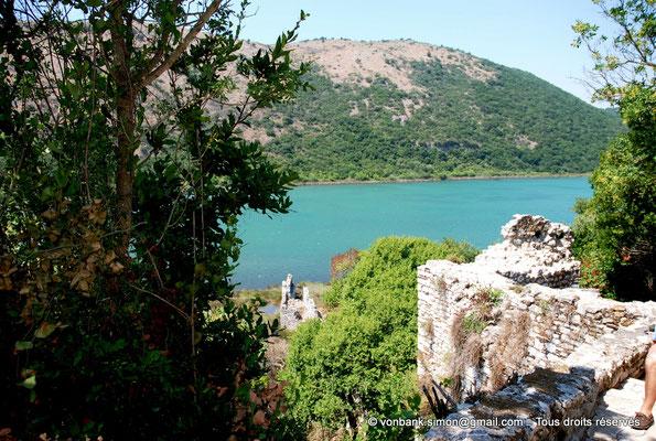 [NU902-2010-146] Butrint (Buthrotum) : Vue depuis le château vénitien